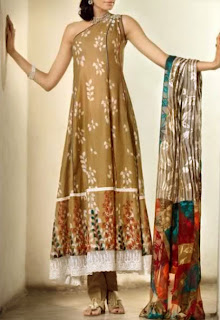 Latest Long Kameez Designs 2012 For Women