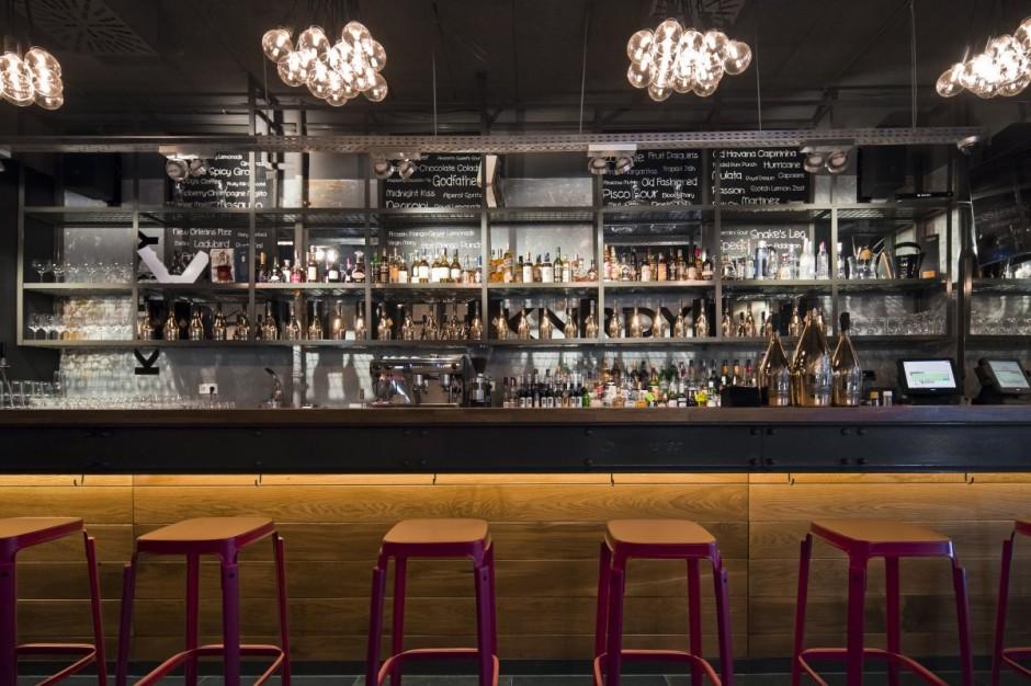 Kaper design restaurant hospitality design inspiration for Barra bar vintage