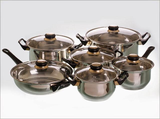 http://ruangandapur.blogspot.com/2014/12/gambar-peralatan-memasak-di-ruangan_11.html