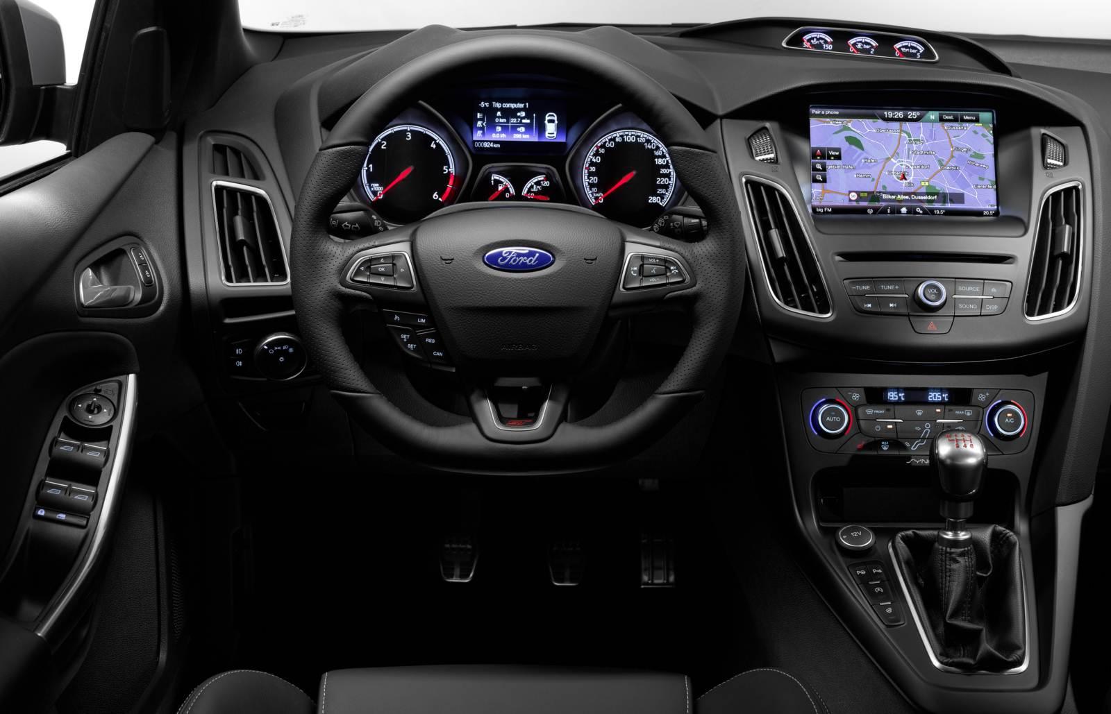 [Imagem: Novo-Ford-Focus-ST-2015+(4).jpg]