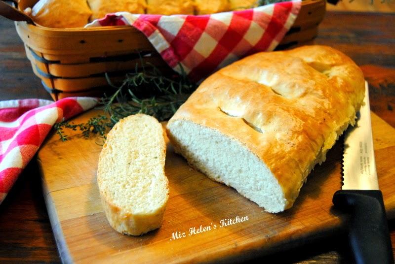 Herb Garlic Bread at Miz Helen's Country Cottage