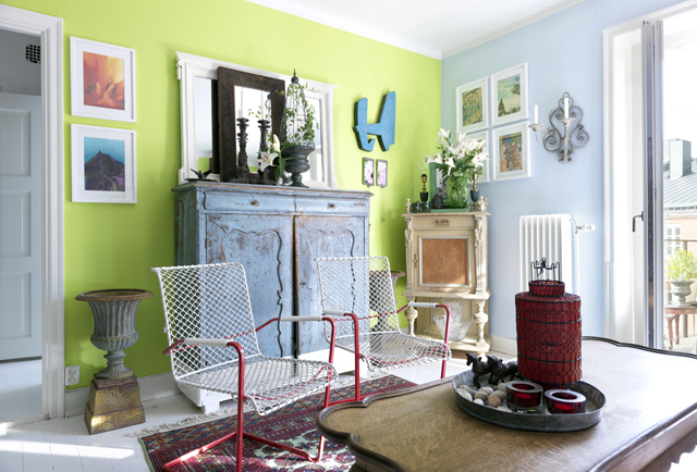 decorar un estudio con muebles vintage antiguos salón pintado colores