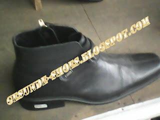 sepatu bally yang ada di kantor-kantor