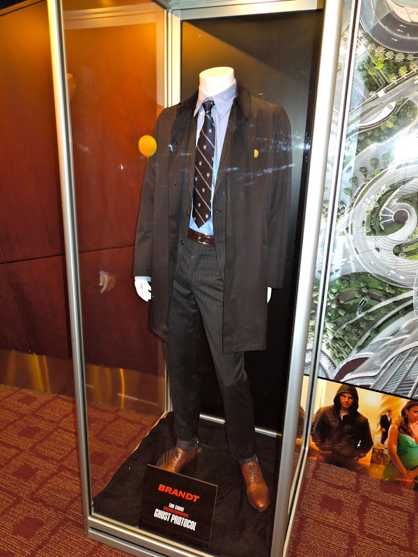 Jeremy Renner Ghost Protocol Brandt costume