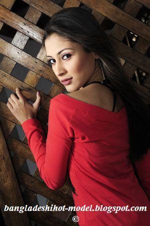 Bangladeshi Mehzabien chowdhury