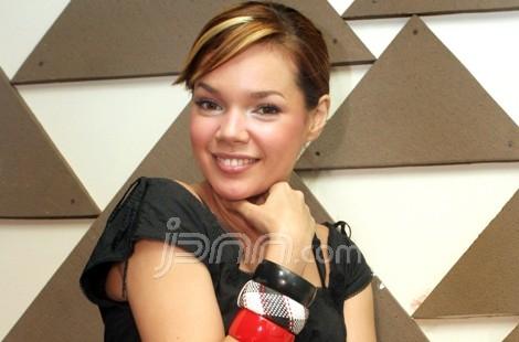 Diposkan oleh Kumpulan Foto Label: Foto-Foto Artis Indinesia , Foto ...