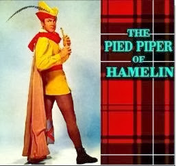 a review of the story of the piped piper of hamelin Open auditions - the pied piper of hamelin (original operetta by marjorie otis gifford) rutland — rutland youth theatre holds open auditions for the classic story of the pied piper of hamelin presented as an original operetta by the late marjorie otis gifford.