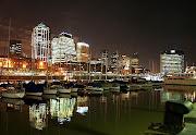 Mil destinos ofrece Argentina para turistas y viajeros de todos los gustos y . puerto madero noche