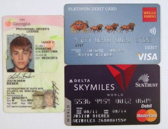 Belieber Lawyer Justin Biebers Debit Cards Drivers License Up