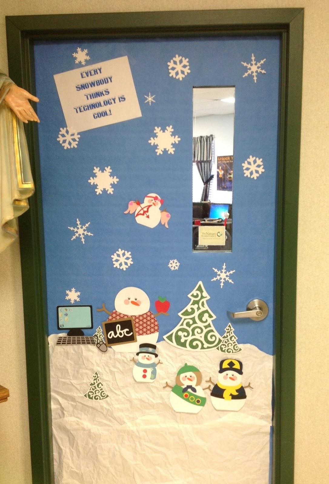 Computer Lab Winter Door Decoration