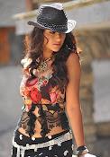 Illeana D'Cruz latest glamorous Photos-thumbnail-2