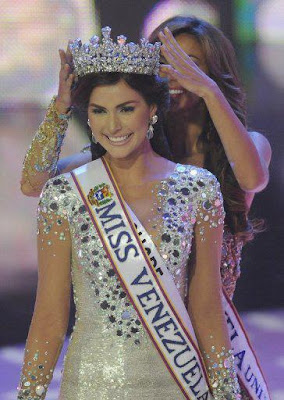 miss universe venezuela 2012,