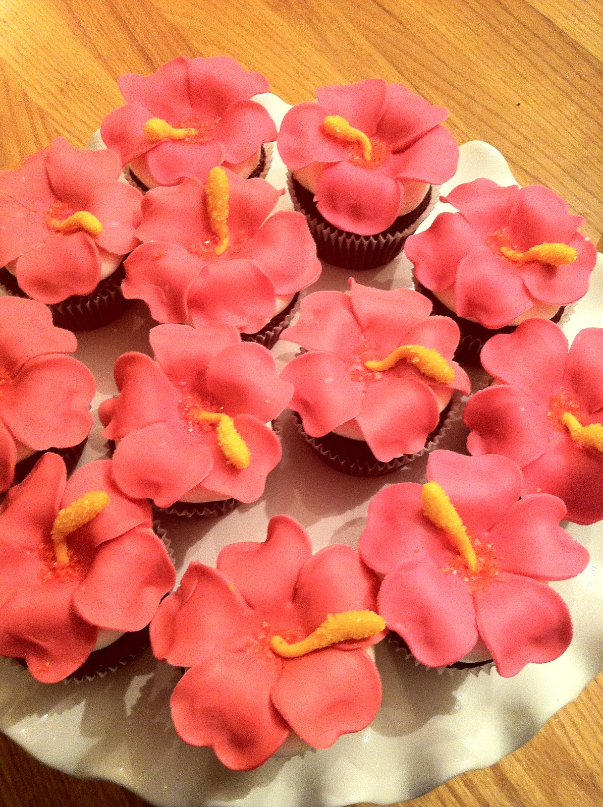 Hibiscus Flower Cupcake