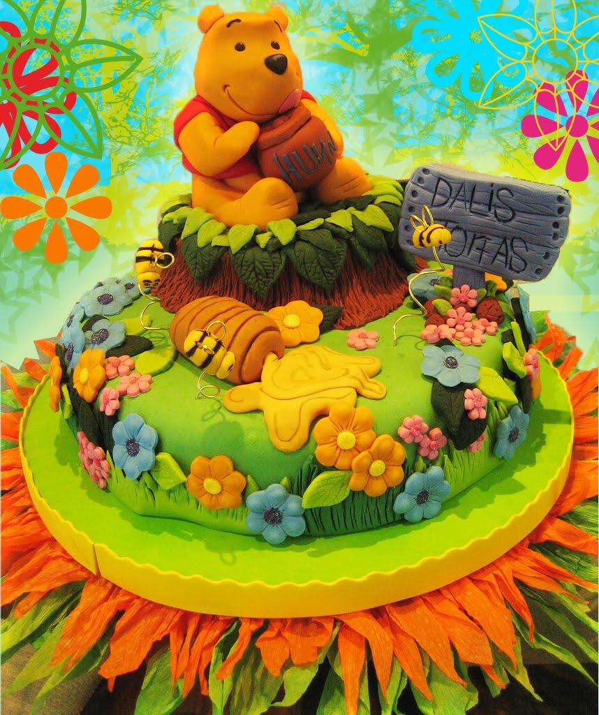 """Torta de """"Winnie the Pooh"""""""