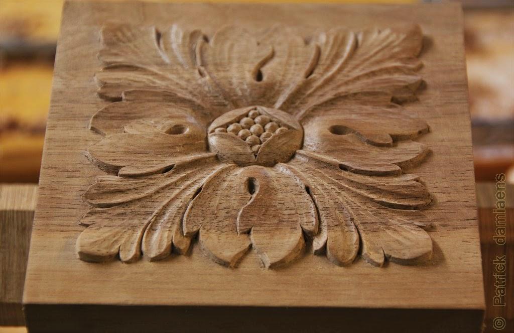 Ornamental woodcarver patrick damiaens carving a rosette