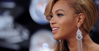 Beyonce responds to rumors of fake belly