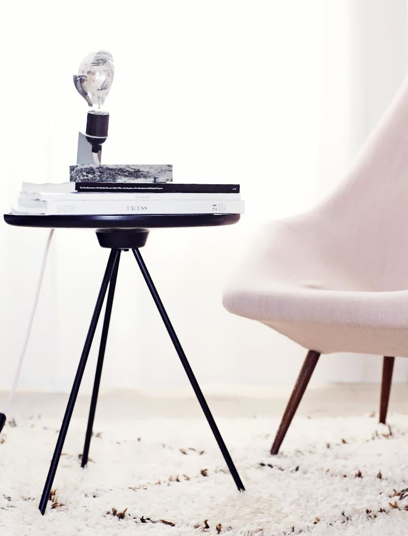 weekdaycarnival key sidetable by one nordic furniture