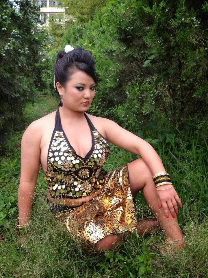 nepali-sexy-women-photos-naked-bf-actress-of-india
