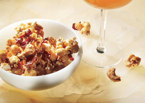 Hip Hostess: Bacon and Cashew Caramel Corn