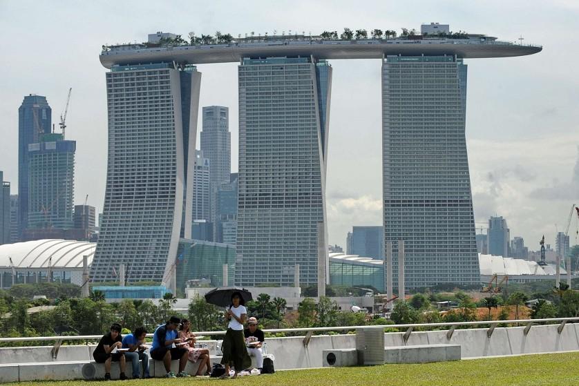 Architecturechicago Plus Dali Takes Singapore