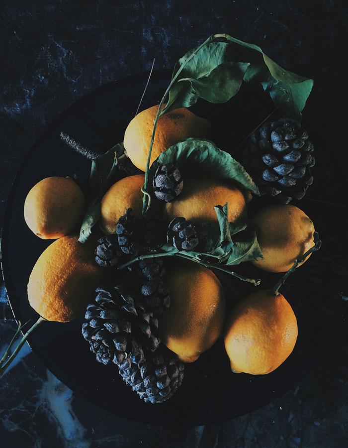 fruits photo by Kreetta Järvenpää iPhone www.gretchengretchen.com