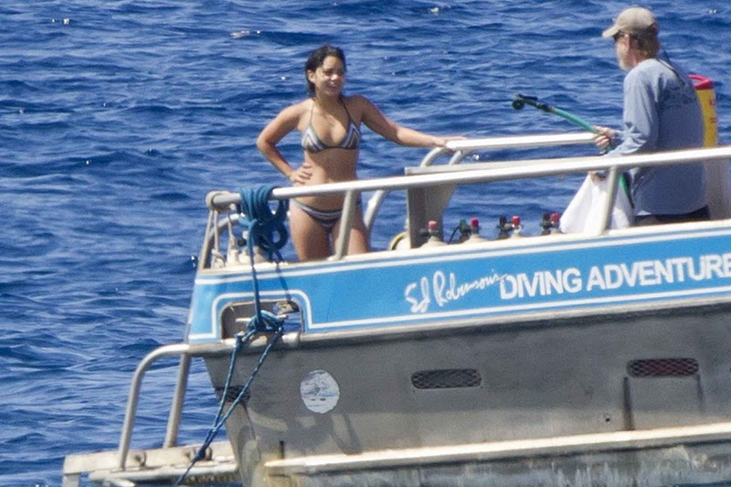 Vanessa Hudgens – Bikini Candids in Hawaii