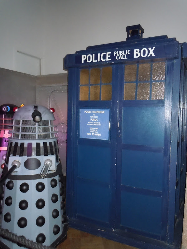 Dr Who and the Daleks movie Tardis