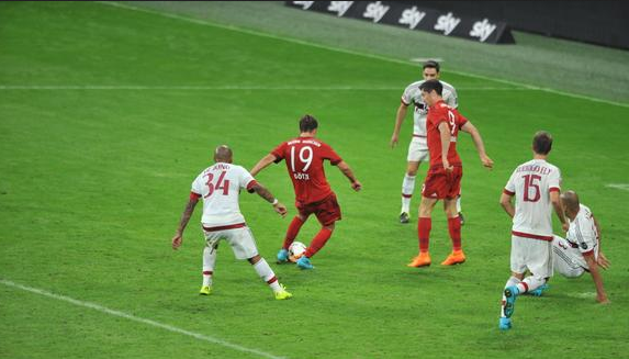 Bayern Bertemu Real Madrid Di Final Usai Tumbangkan AC Milan
