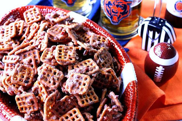 Cinnamon Praline Pretzels