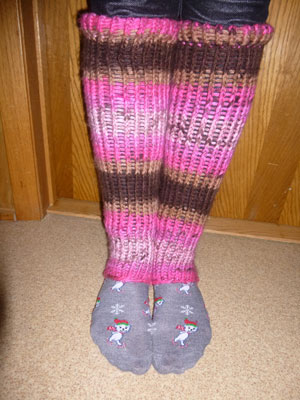 Loom Knitting Pattern For Leg Warmers : Save Green Being Green: Try It Tuesday - Leg Warmers (Loom Knitting) Tutorial