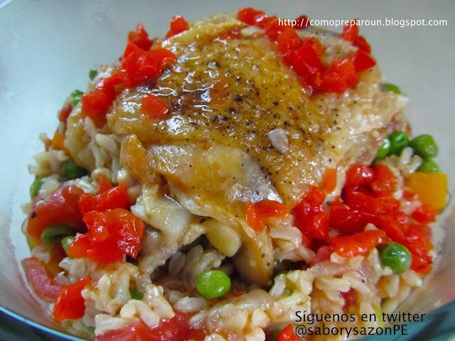 http://comopreparoun.blogspot.com Como preparo un POLLO AL CULANTRO CON ARROZ AL PIMIENTO - Receta / Recipes