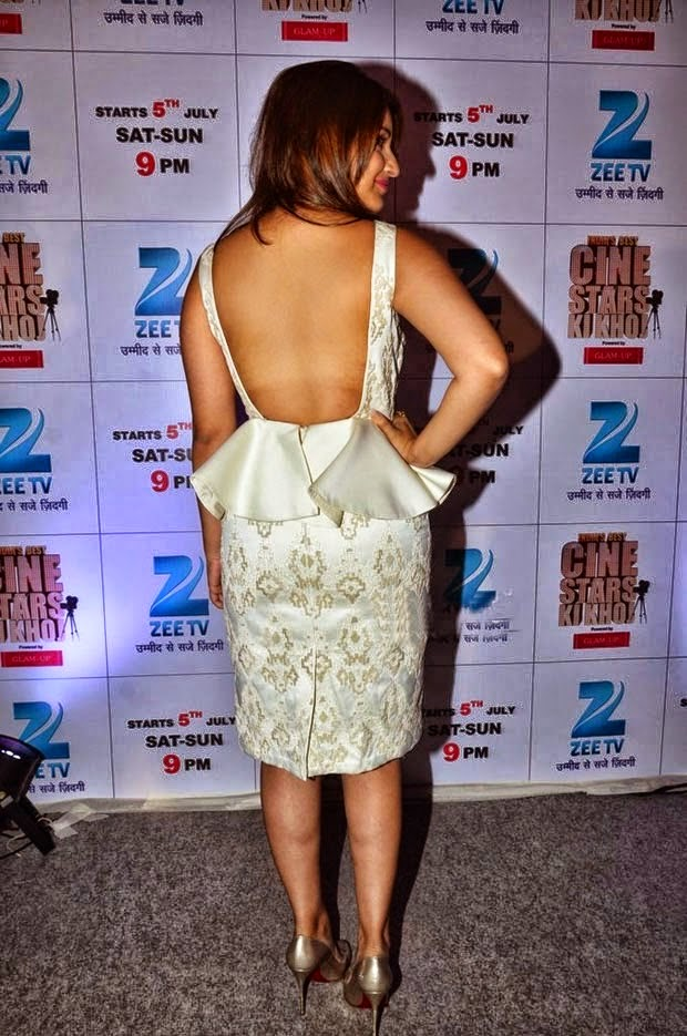 Parineeti Chopra hot backless hd wallpaper