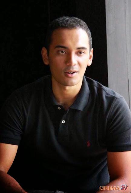 Foto aktor Ario Bayu