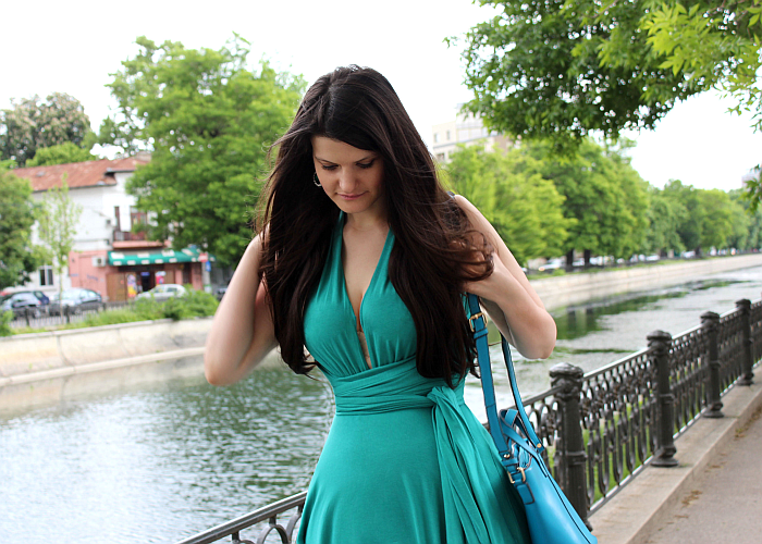 different ways to wear a multiway convertible dress, blue maxi dress, summer outfits, long hair