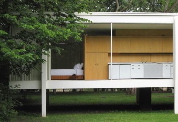 Casa farnsworth ejemplo del minimalismo de 1950 for Casa minimalista de mies van der rohe