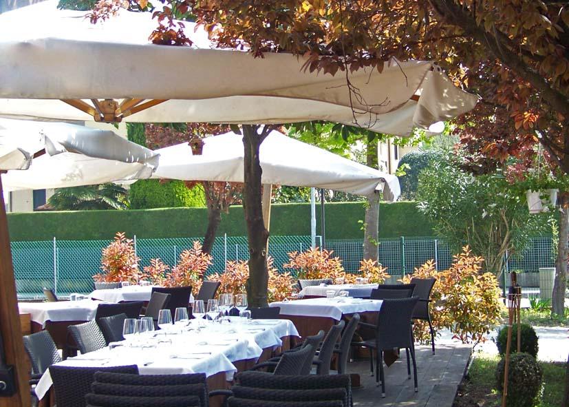 Ristorante provincia di padova con giardino estivo pranzo e cena nei tavoli all 39 aperto nuovo - Ristorante con tavoli all aperto roma ...
