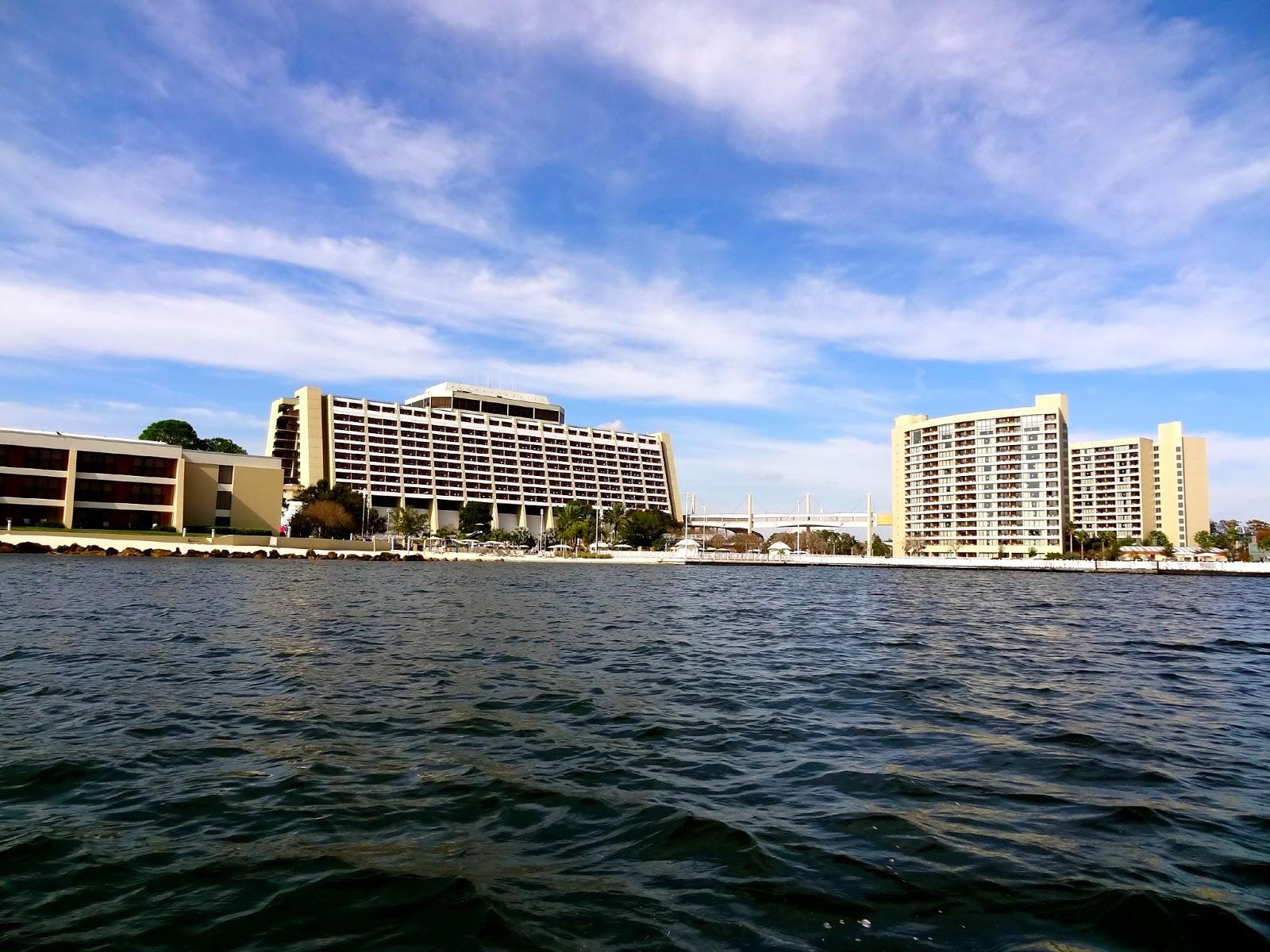 Disney 39 s contemporary resort check in florida the for Contemporary hotel