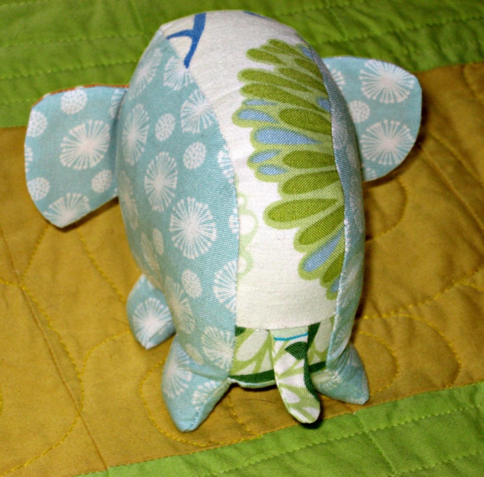 Alimakes effie ollie elephant pincushion pincushion swap alimakes jeuxipadfo Gallery