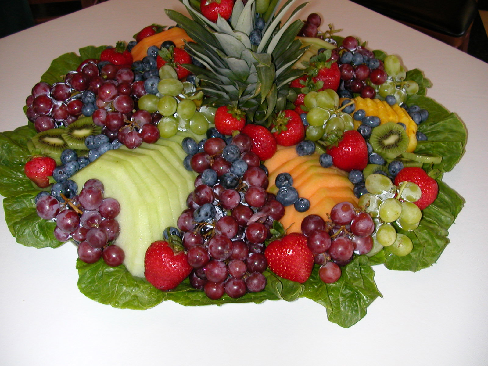 Arreglos de mesa con frutas y verduras imagui for Centros de frutas