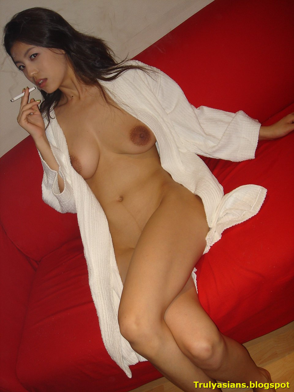 Adult asian Nudist