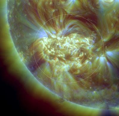 Gran mancha solar 1520 , 11 de Julio 2012