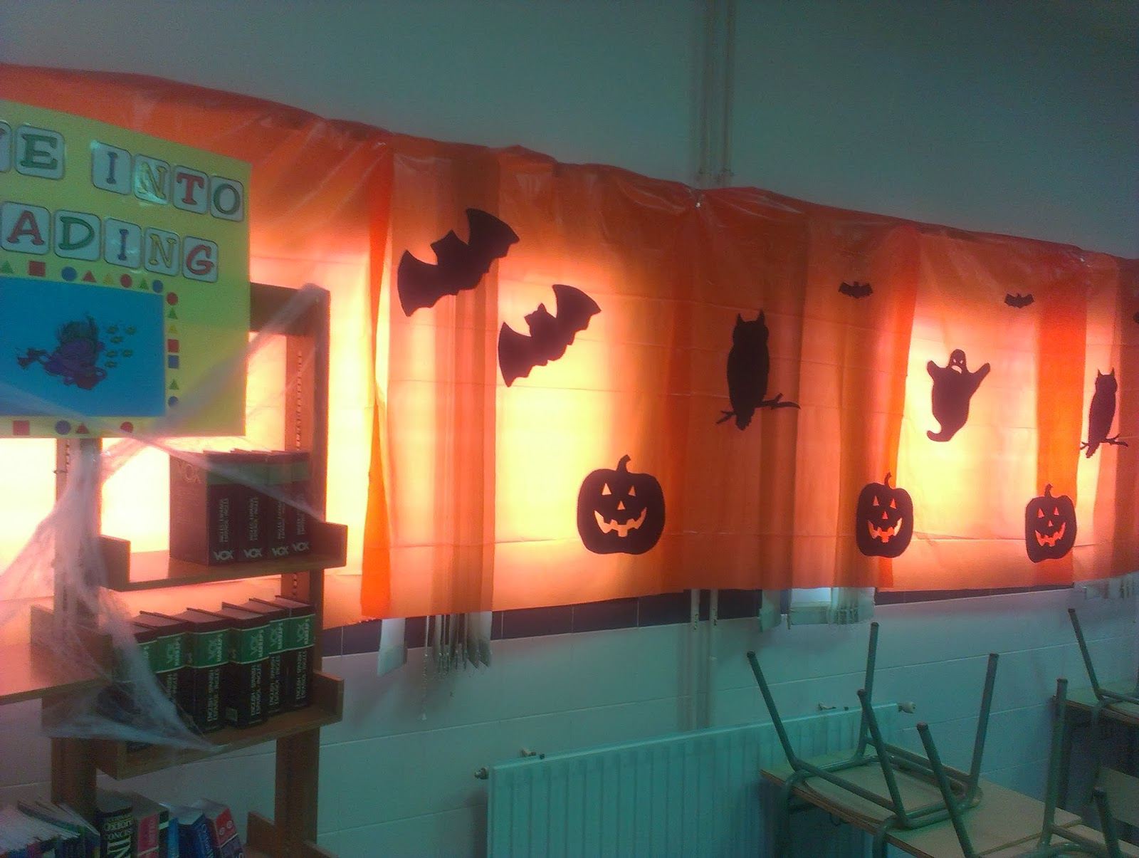 Classroom Halloween Decorations To Make : Yummy english for children my classroom