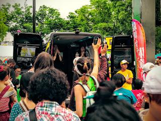 Back-of-a-van karaoke, Vietnam Festival 2015, Tokyo, Japan.