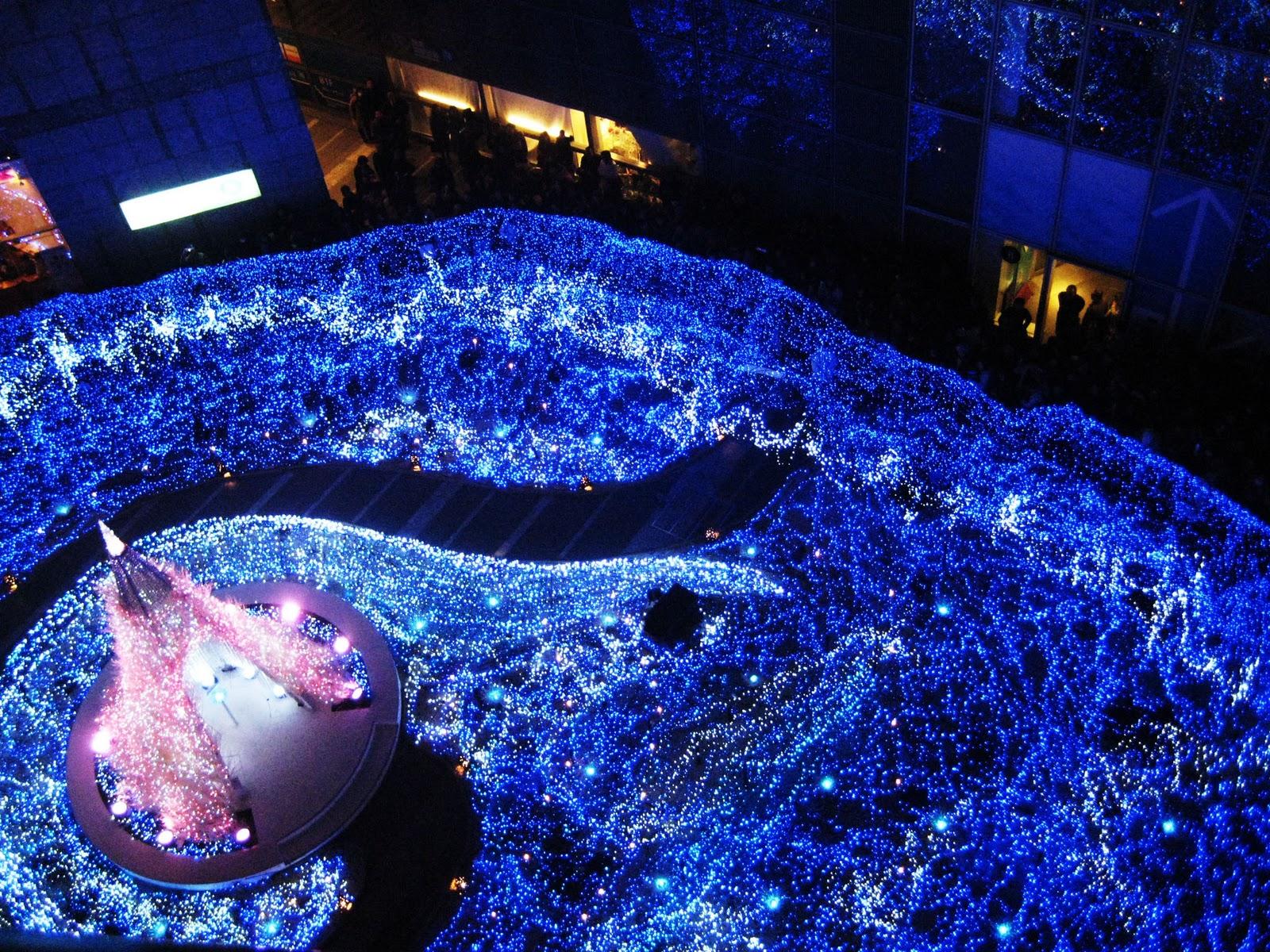 http://2.bp.blogspot.com/-c88bwpkBt7g/TvSfG4p82kI/AAAAAAAABhI/gvTPrxq9uDw/s1600/Tokyo+from+celinecats.wordpress.com.jpg