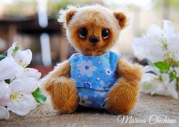 https://www.etsy.com/listing/199425428/artist-teddy-bear-ooak-miniature?ref=favs_view_1