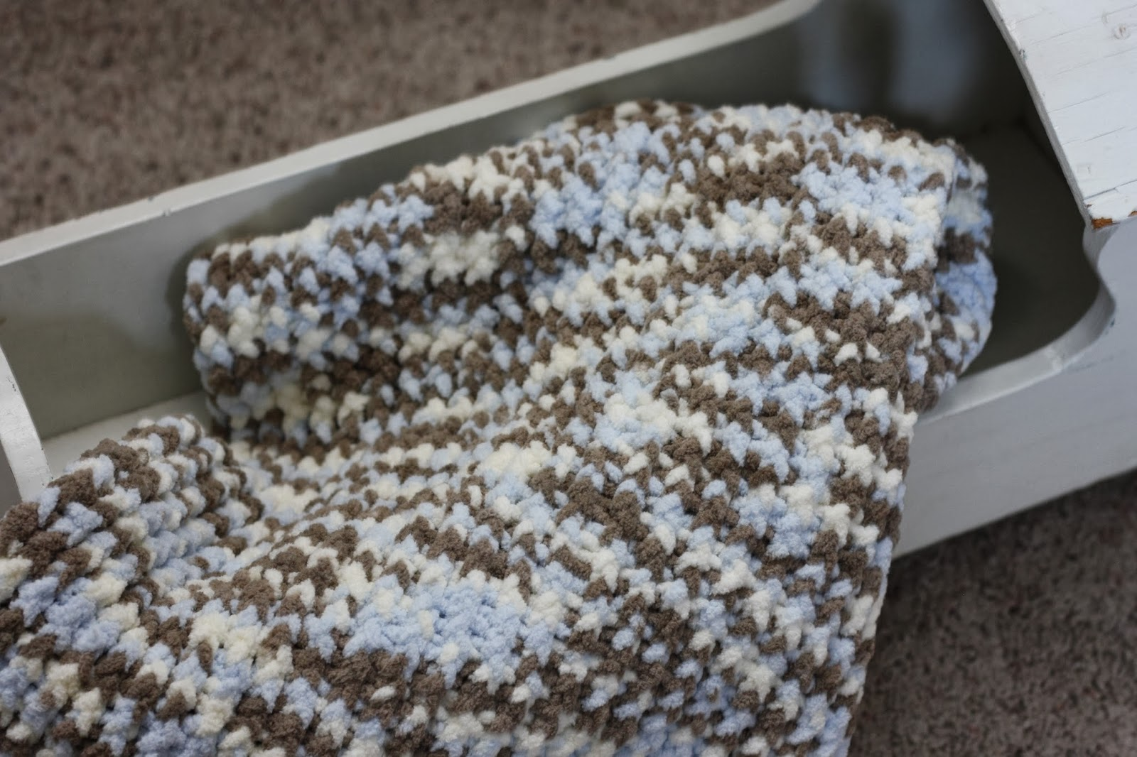 how to start a loom blanket