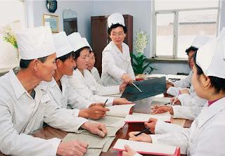 """""""La mujer en Corea del Norte"""" - publicado en el blog de Pyongyang a La Habana. 65+(3)"""