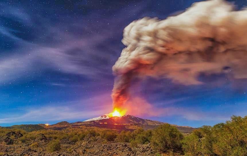 saggwtv: Erupción monte Etna - Sicilia Italia