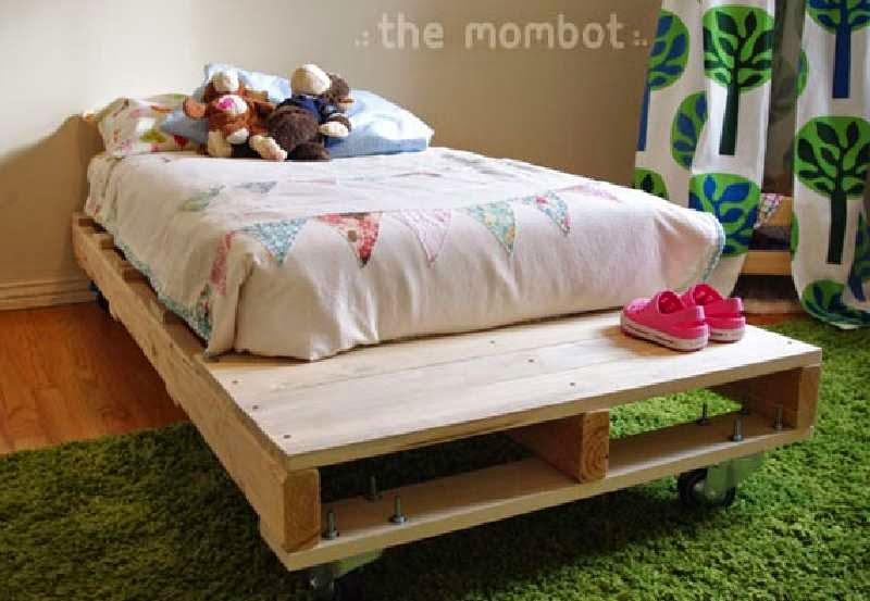 Construye una cama para tus hijos con for Camas con palets