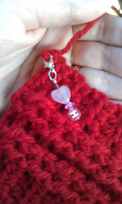 How to Instructions for making these stitch markers at Niccupp Crochet